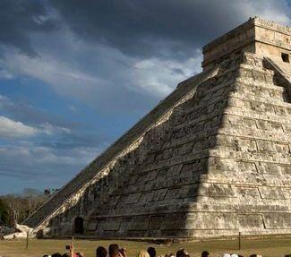 kukulkan-pyramid-in-chichen-itza.jpg